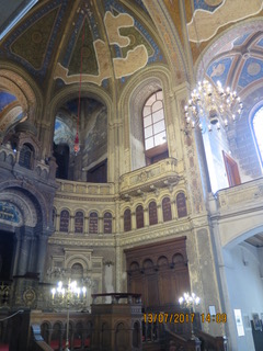 Inside the Great Synagogue