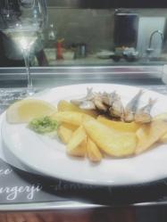 Sardines & chips