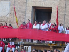 Mayor and mayoress addressing the crowds at Villafranca, Spain.