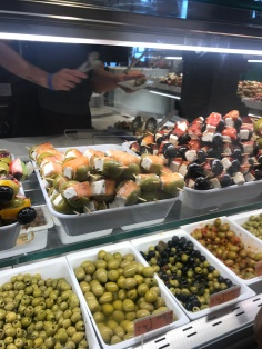 Just a few olives at mercado San Miguel