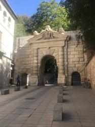 Puerta de las Granadas
