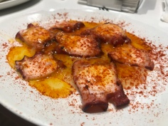 Pulpo at La Azoteca Seville