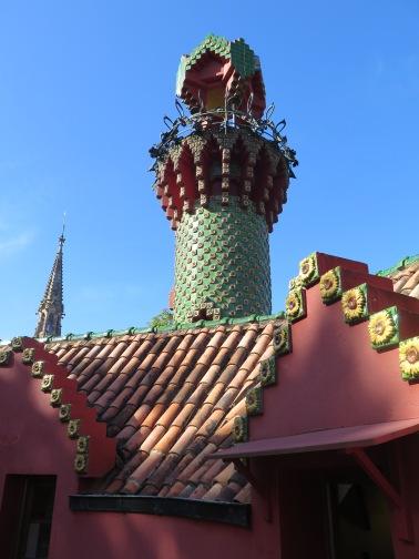 Minaret at El Capricho de Gaudi