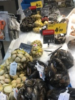 Clams at the Carrefour in León