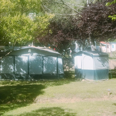 ok this pic is not obvious, but can you see the separate tent for the kitchen