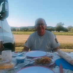 a quick dinner in Terrasson-Lavilledieu.