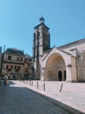 Church square at Saint-Pierre de Beaulieu