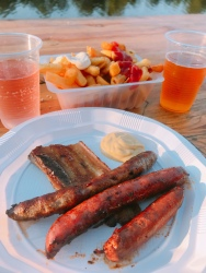 Food offering at Beaulieu-Our-Dordogne market